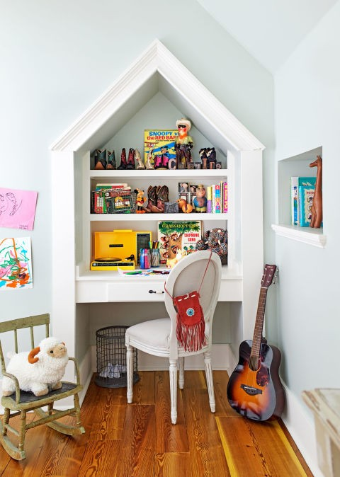 Пофарбовані стіни у кімнаті для дитини