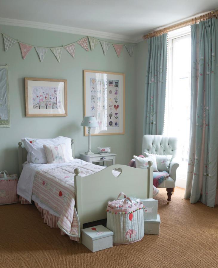 Оформлення дитячої кімнати: ковролін на підлозі