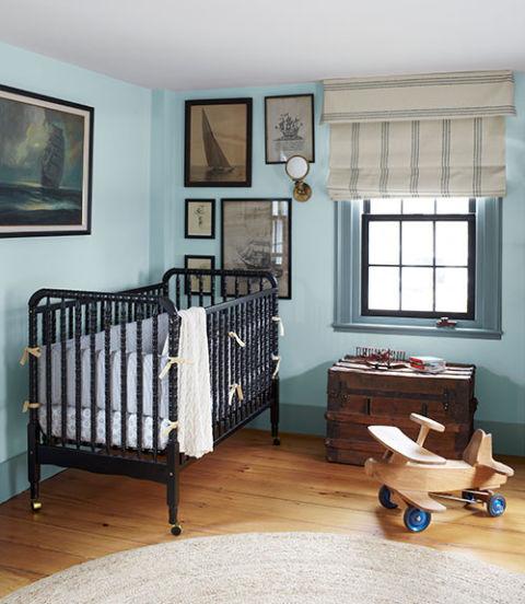 Легкі римські штори у дитячій кімнаті