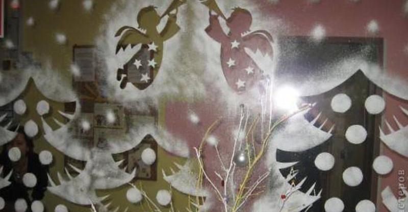 Різдвяний декор для вікна