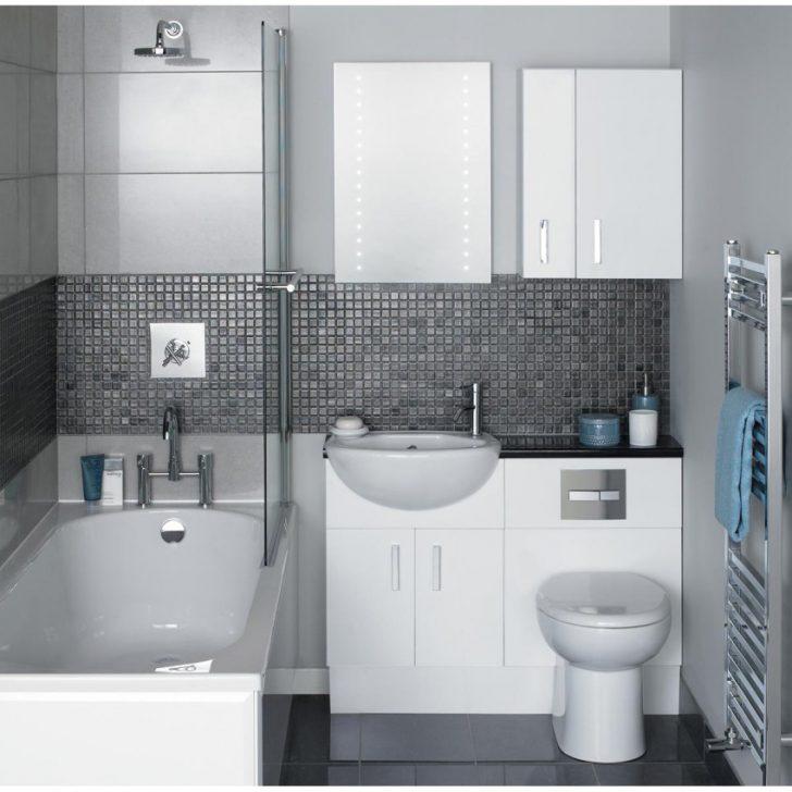 Сірі кахлі в інтер'єрі маленької ванної