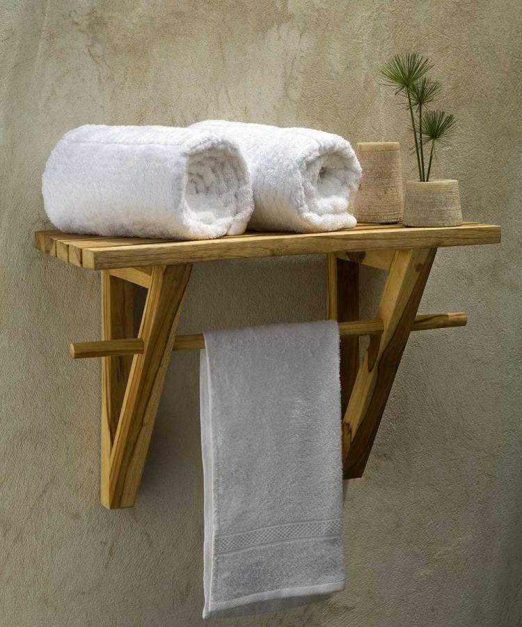 Оригінальна поличка з дерева для ванної