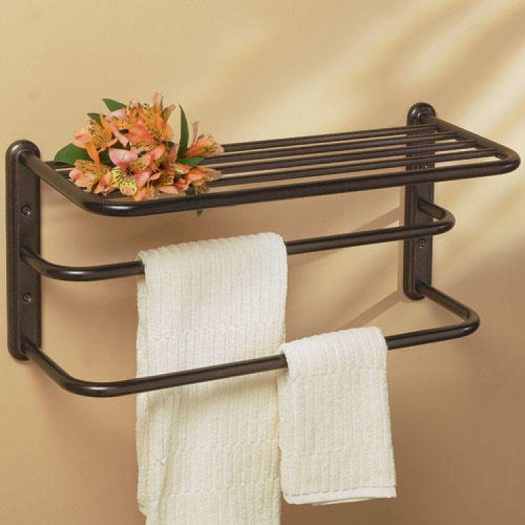 Практична поличка з металевих труб для ванни
