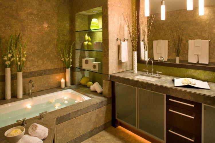 Полиці зі скла у ванній, вбудовані в нішу