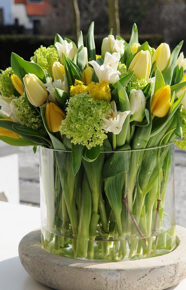 Весняні квіти: тюльпани