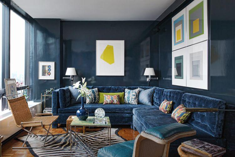 Розкішний оксамит в оформленні дивану