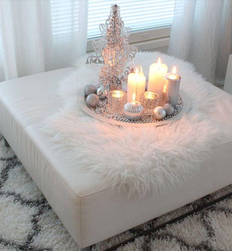 Зимова декоративна композиція у вітальні