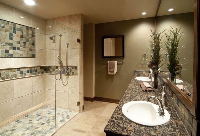Душ без піддона: дизайн органічно доповнює стиль ванної кімнати