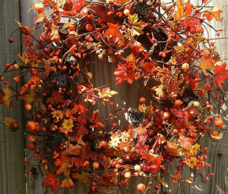 Осінній декор у червоно-коричневій палітрі
