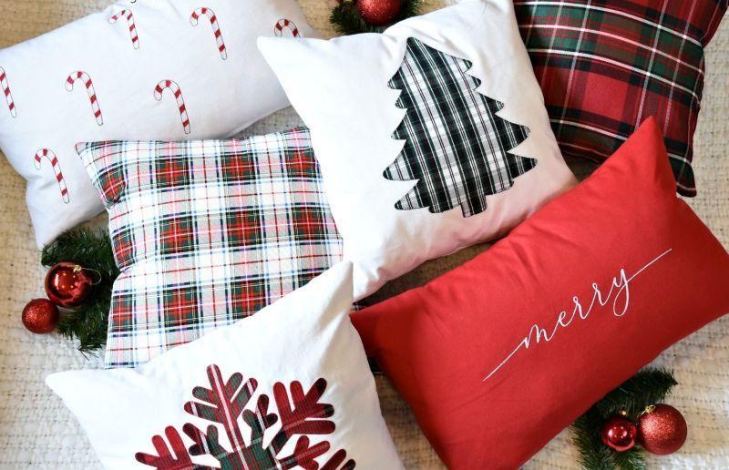 Декоративні подушки з новорічними аплікаціями