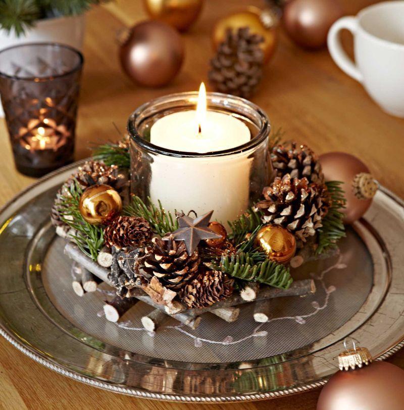 Різдвяна композиція на металевій тарілці