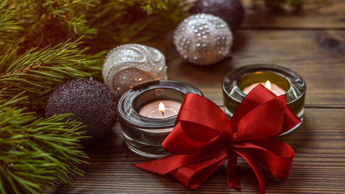 Свічки у новорічних і різдвяних композиціях