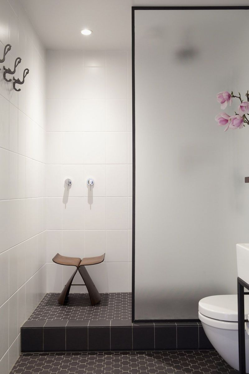Перегородка у ванній кімнаті з матованого скла