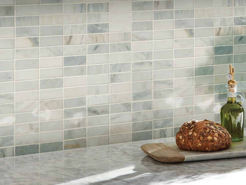 Керамічна плитка маленького формату на кухні