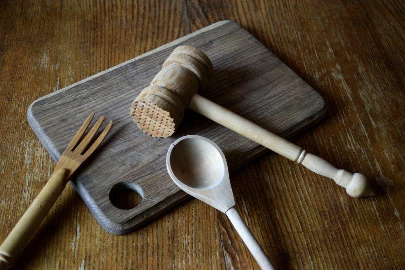 Дерев'яне кухонне начиння