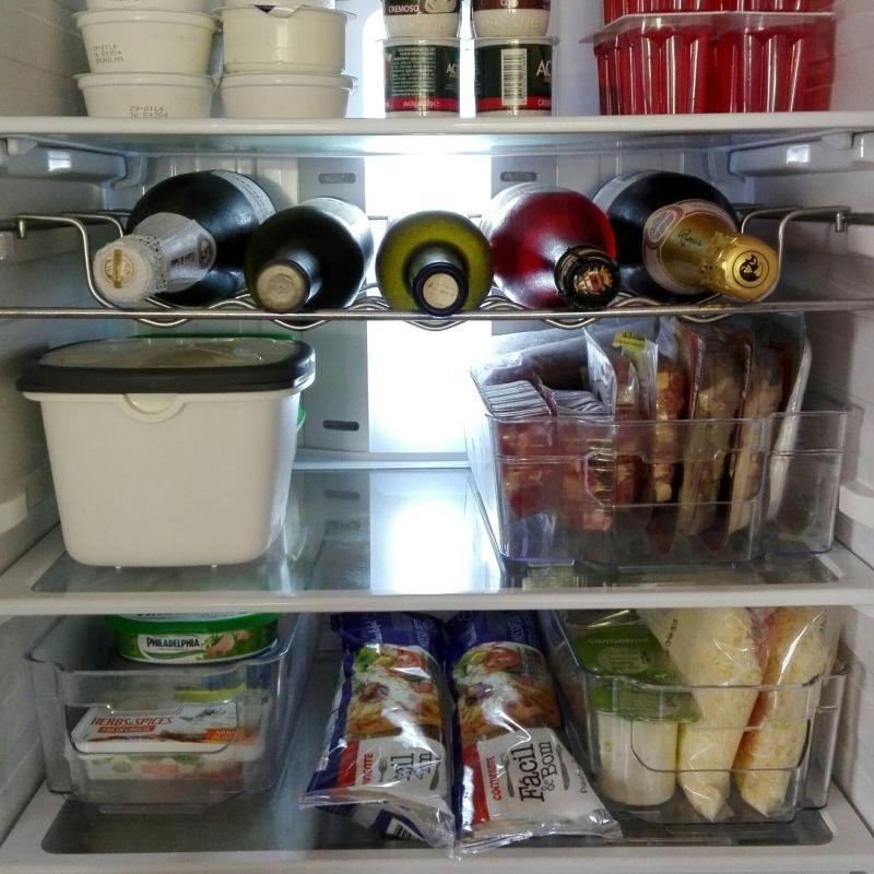 Для підтримання порядку на кухні стежте за порядком у холодильнику