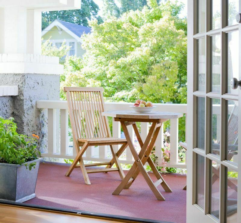 Меблі для маленького балкона
