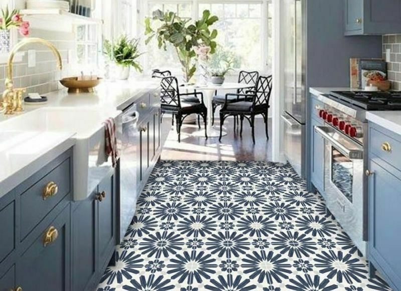 Вінілова підлога на кухні - сучасний варіант з надійних матеріалів